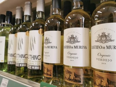 Earthfare's broad selection of organic and sulphite-free sweet and dry white wines