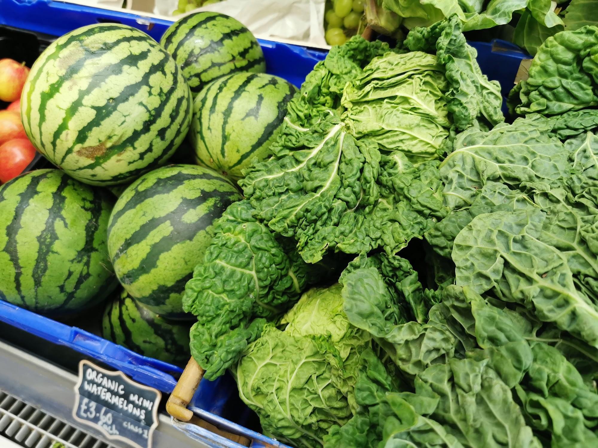 Fresh organic fruit & veg locally grown on organic farms